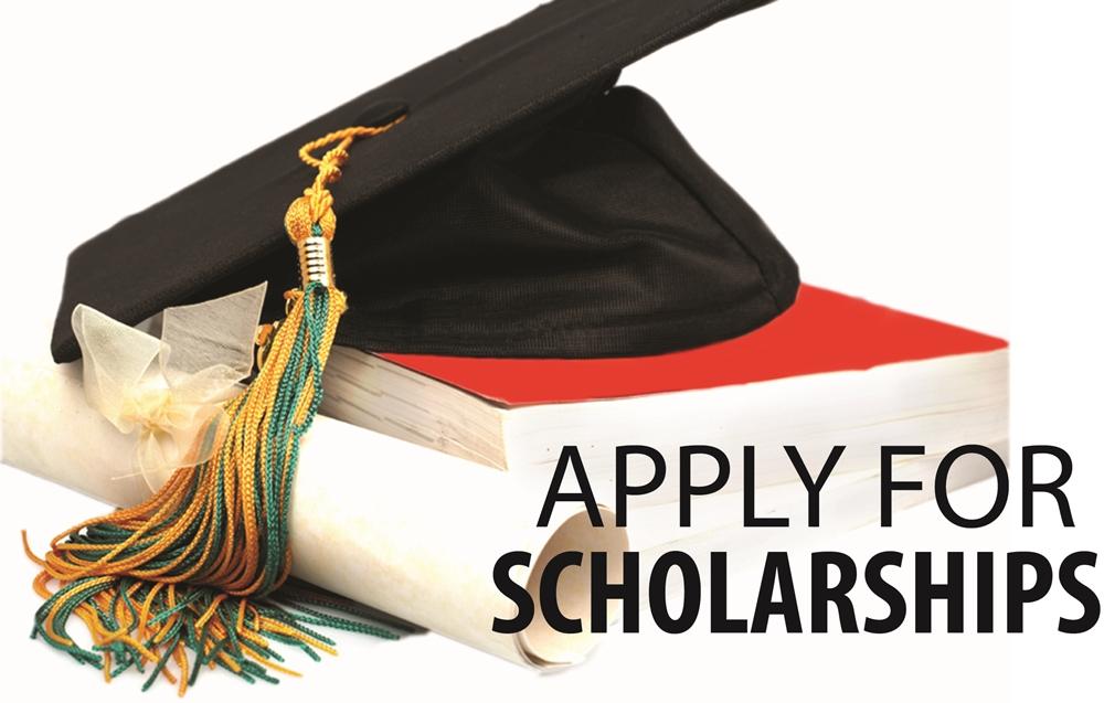 Sinh viên quốc tế du học Tây Ban Nha có thể nộp đơn vào nhiều chương trình học bổng tại nước này