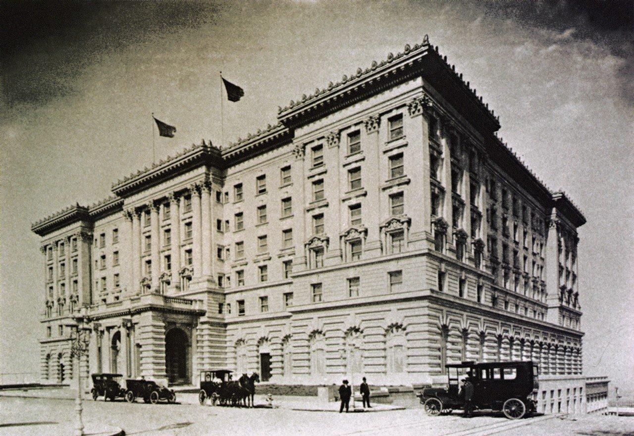 Khách sạn Savoy thời bấy giờ