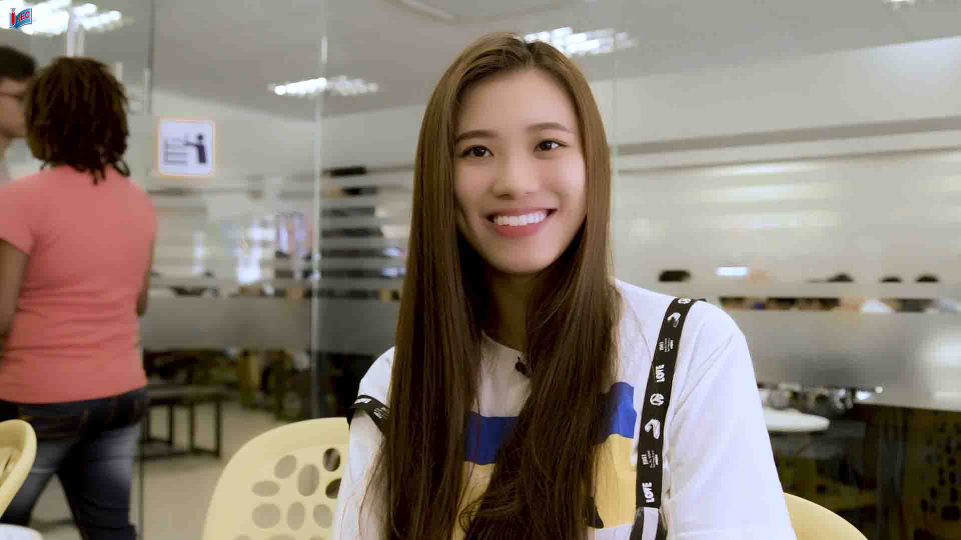 Cùng lắng nghe chia sẻ chớp nhoáng của bạn Huỳnh Thị Kim Duyên đang học tiếng Anh tại JCU Singapore nhé.