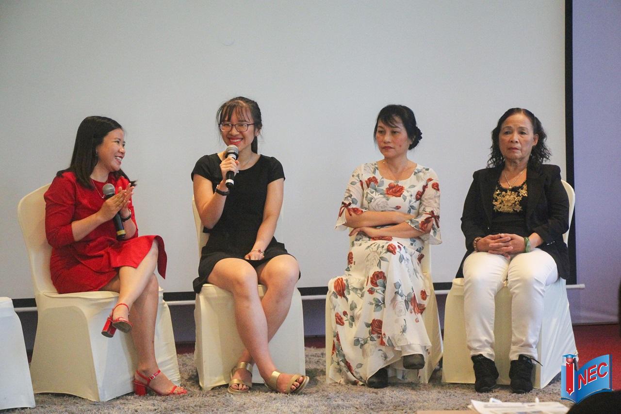 Phần chia sẻ của phụ huynh và cựu du học sinh tại hội thảo