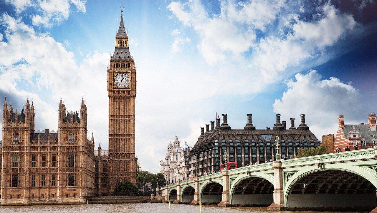 London – Trung tâm kinh tế tài chính hàng đầu thế giới