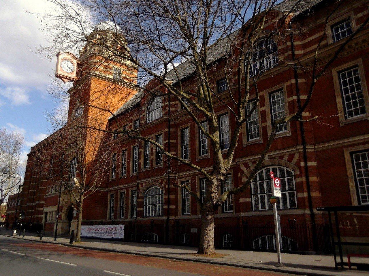 Đại học City London là nơi đào tạo nên những CEO hàng đầu toàn cầu