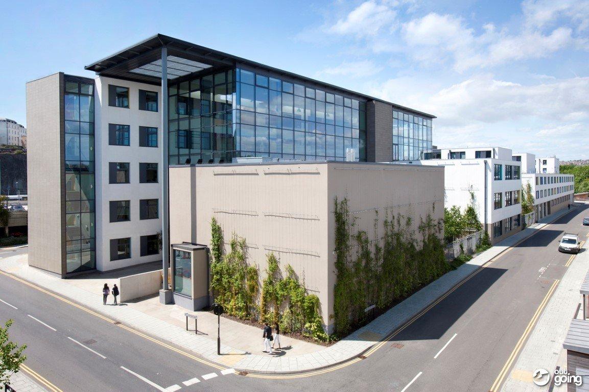 Học bổng du học Anh Quốc lên đến 70% học phí từ Cao đẳng Bellerbys 2