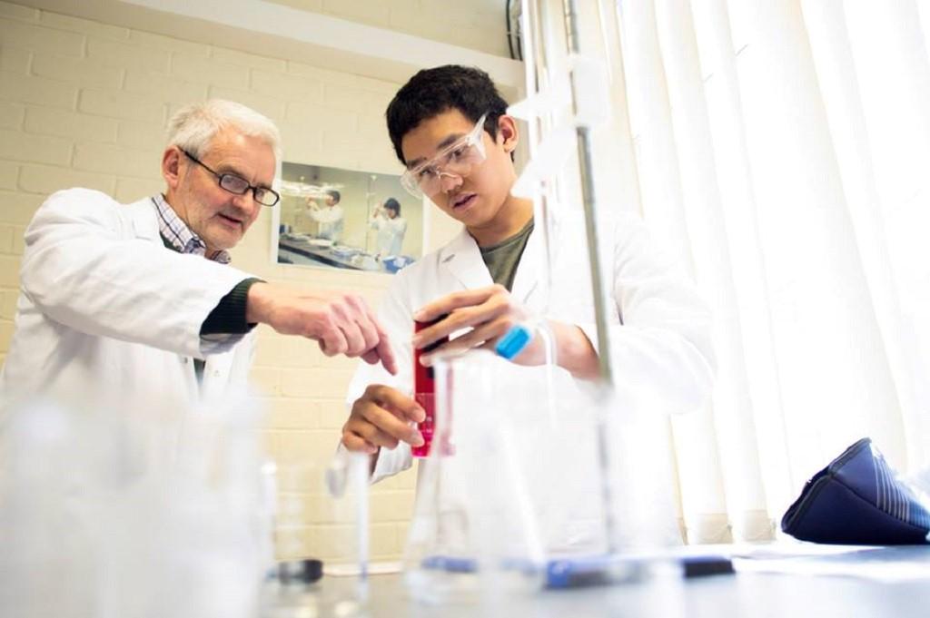 Khóa dự bị đại học tại Bellerbys là duy nhất tại Anh có đến 12 nhóm ngành đào tạo