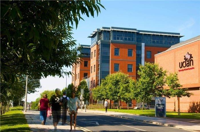 Tuyển sinh du học Anh tại UCLan tháng 9/2016 1