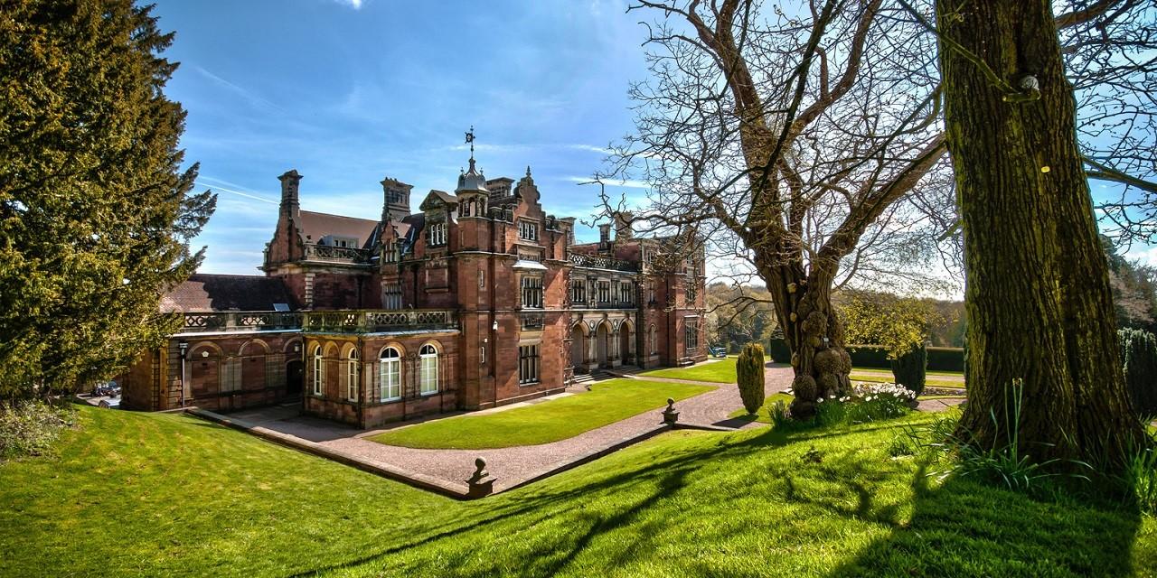 Học bổng du học Anh kỳ tháng 9/2020 từ Đại học Keele