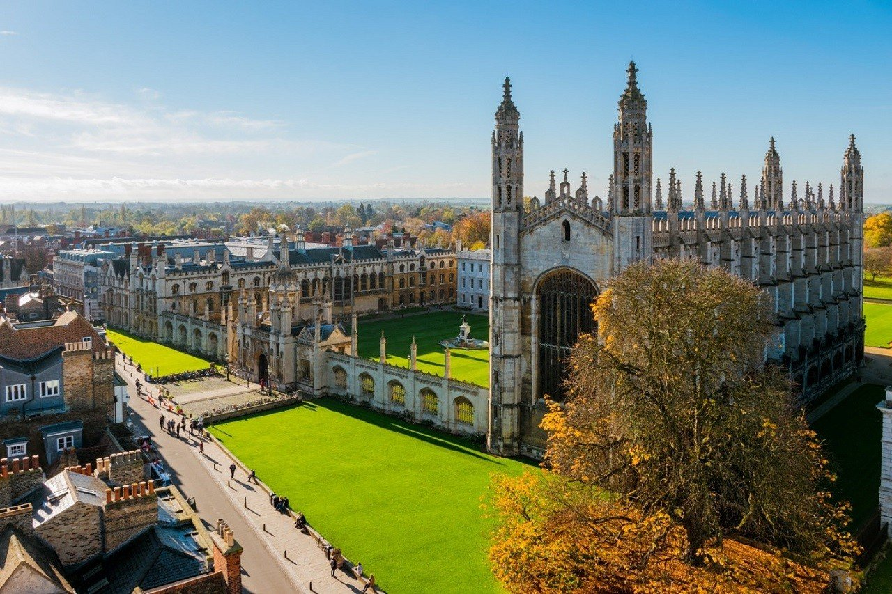Đại học Cambridge giữ vị trí quán quân về điều kiện tuyển sinh khó nhất nước Anh