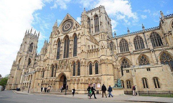 Di sản kiến trúc tuyệt vời The Minster