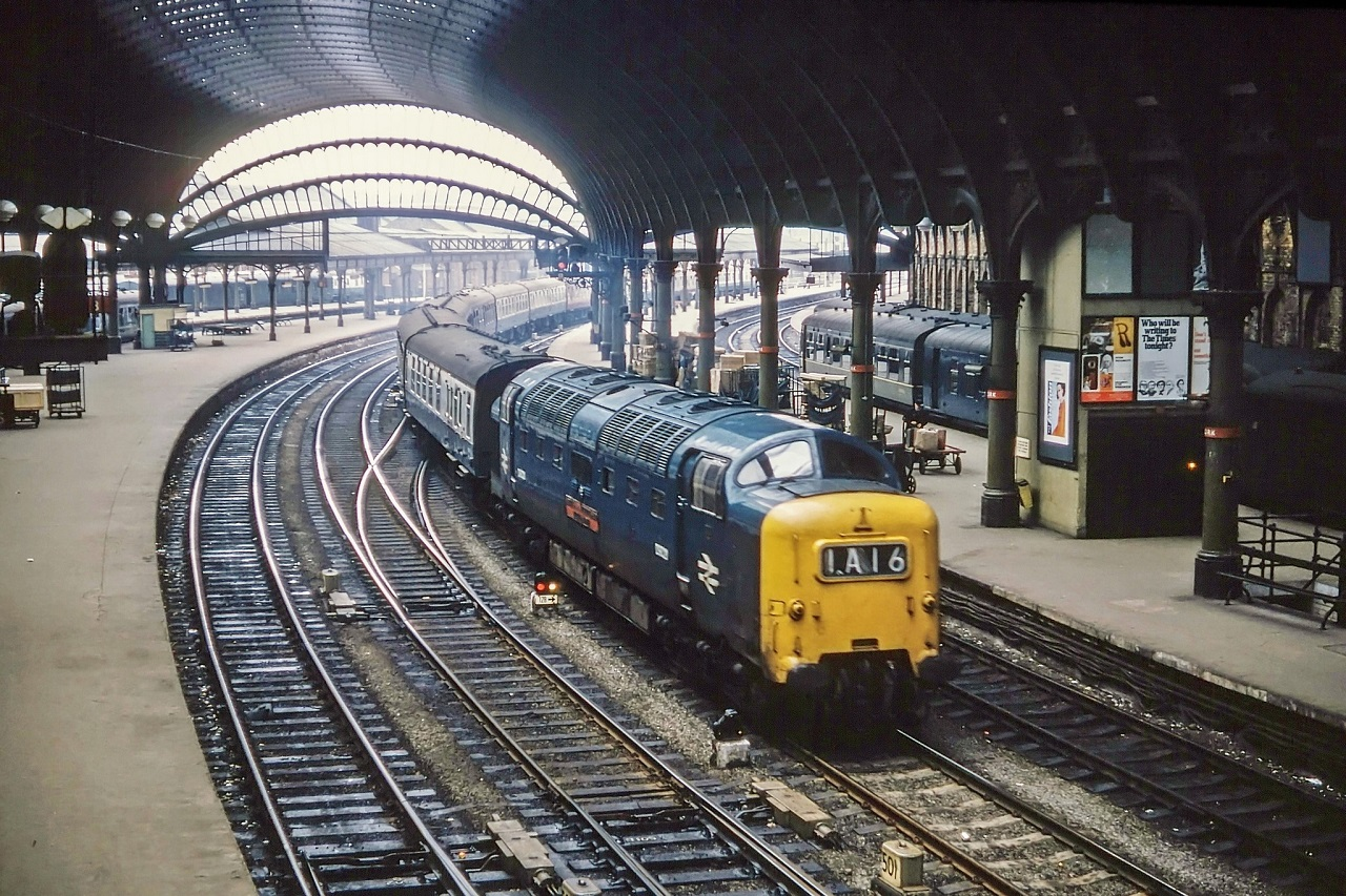 Tiết kiệm đến 30% giá vé khi đi tàu lửa tại Anh với Rail Card