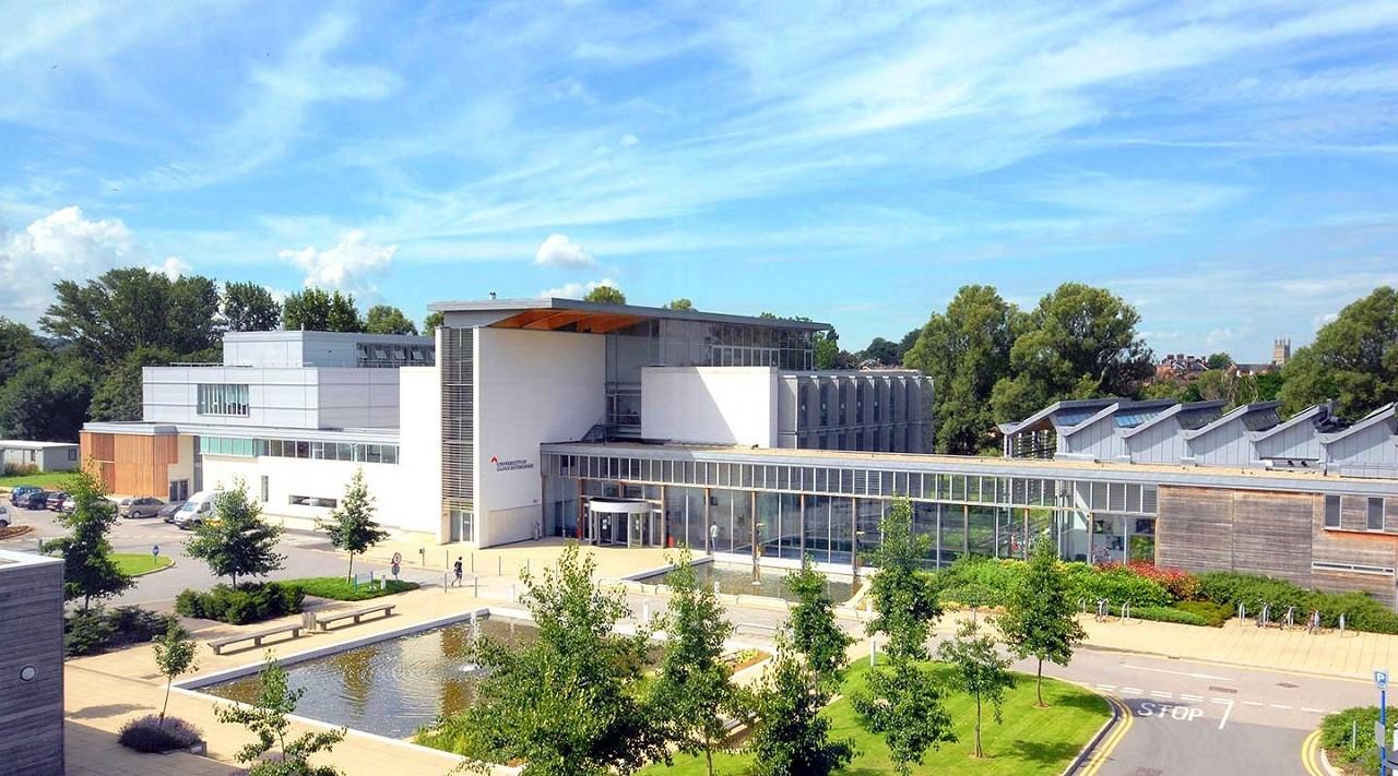 Đại học Gloucestershire đang có chương trình học bổng du học Anh bậc thạc sĩ đến 50%