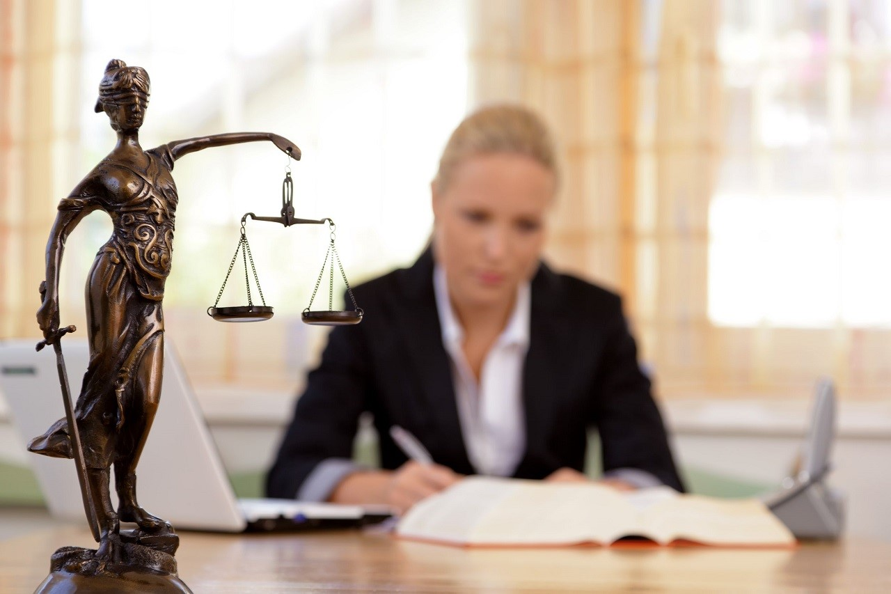 Vì sao nên du học Anh ngành luật?