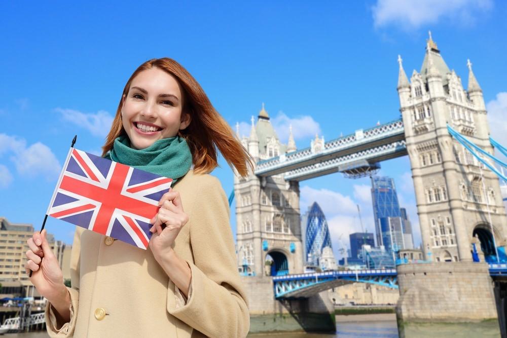 Chính sách visa làm việc 2 năm cho du học sinh Anh