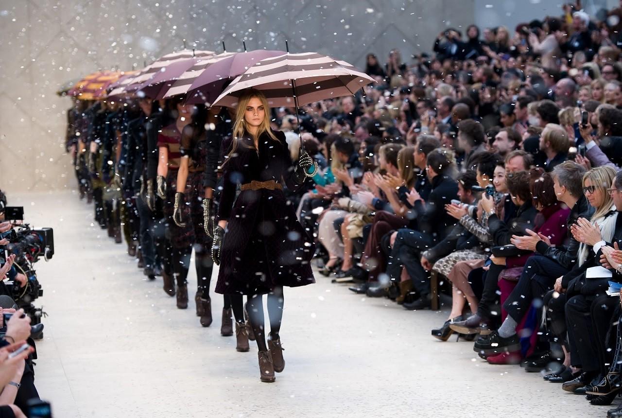 London Fashion Week – Sự kiện thời trang được mong chờ nhất trong năm