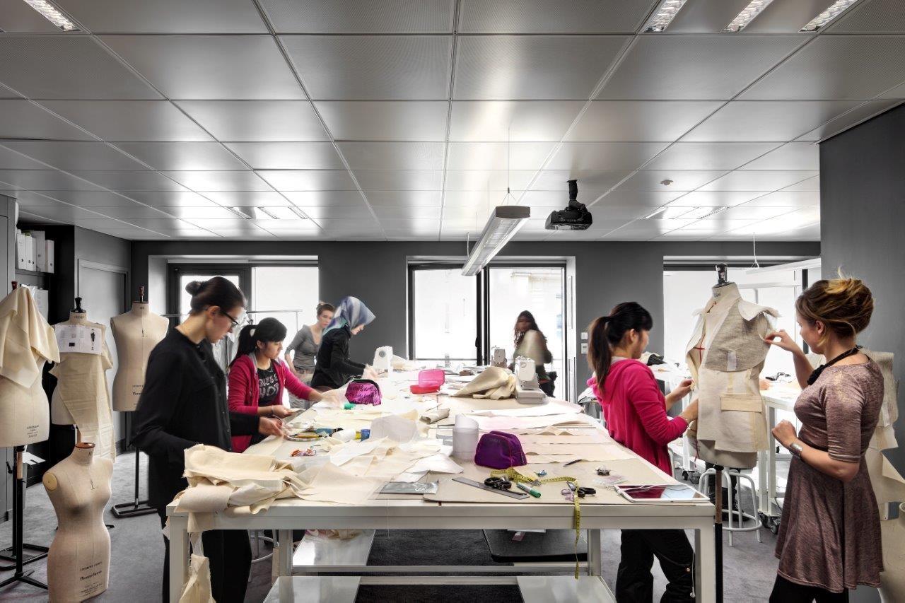 Du học ngành thiết kế thời trang tại kinh đô thời trang thế giới