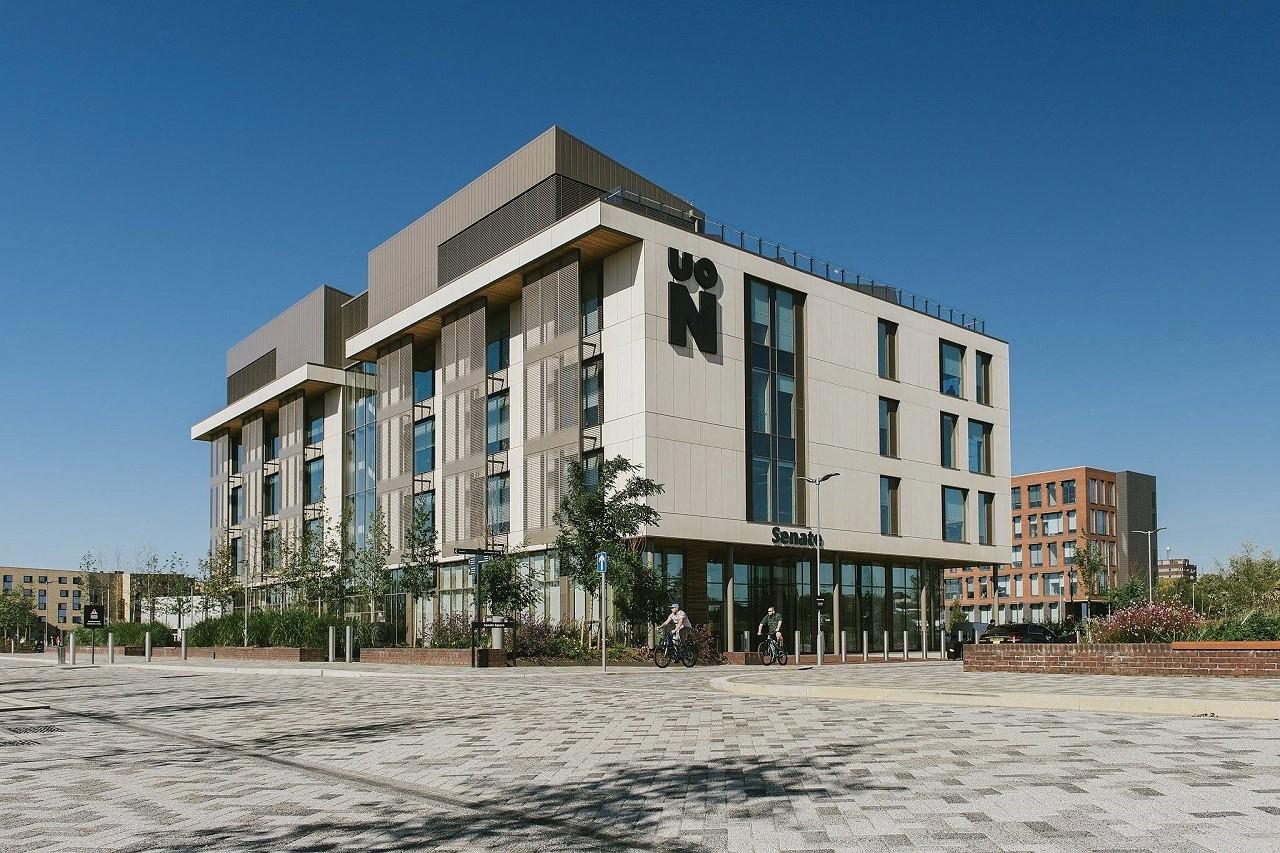 Đại học Northampton thuộc top 100 trường đào tạo thời trang tốt nhất thế giới