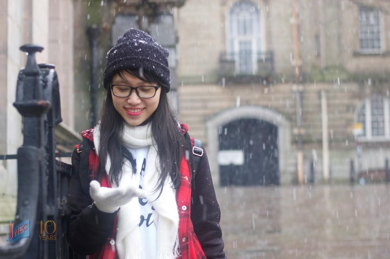 Nguyễn Huyền Trâm – Sinh viên INEC đã tốt nghiệp chương trình Thạc sĩ ngành Tài chính và Đầu tư tại Đại học Central Lancashire tháng 12/2016
