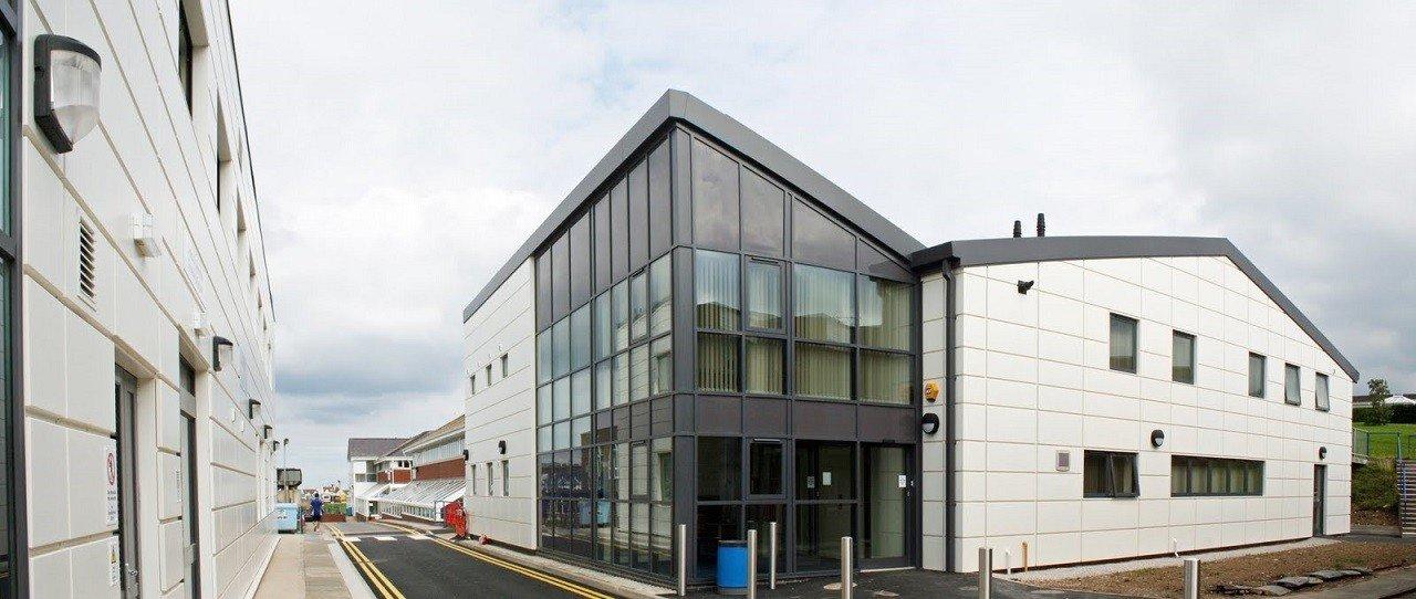 Llandrillo Menai – trường cao đẳng công lập lớn nhất xứ Wales