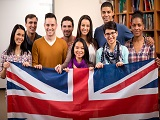 Du học Anh Quốc có đắt đỏ hơn so với Mỹ không?