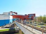 Trường Kinh doanh Đại học Huddersfield lần đầu tiên thuộc top 300 thế giới
