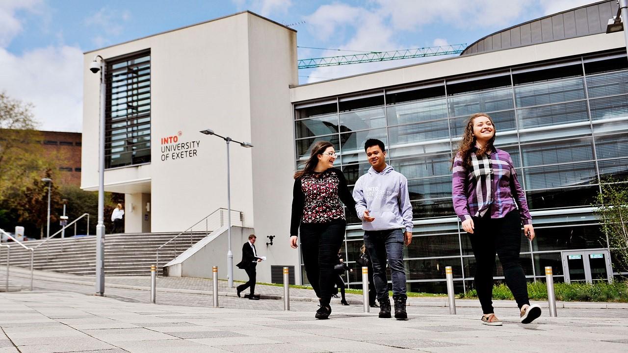 Học bổng du học Anh chương trình chuyển tiếp bậc cử nhân, thạc sĩ vào Đại học Exeter