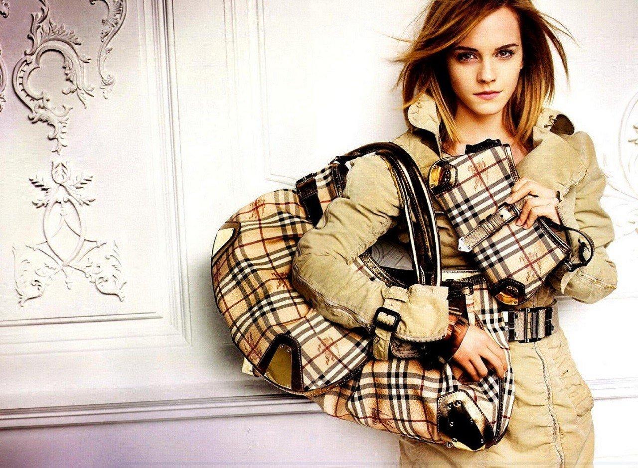 Emma Watson – gương mặt thương hiệu xinh đẹp của Burberry