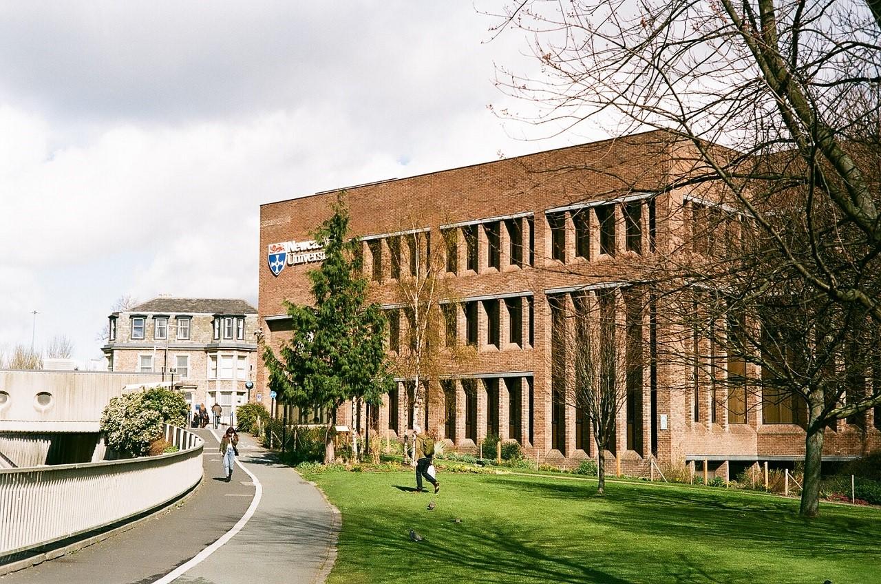 Học bổng du học Anh 100% khóa dự bị đại học tại Đại học Newcastle