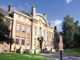 Học bổng đến 50% học phí từ Đại học Northampton, Anh Quốc