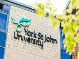 Vì sao chọn Đại học York St John khi du học thạc sĩ tại Anh Quốc?