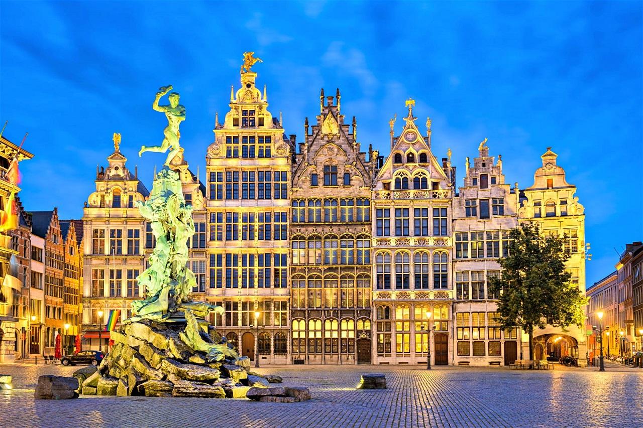 Antwerp là thành phố phong phú về lịch sử, kiến trúc, ẩm thực và thời trang