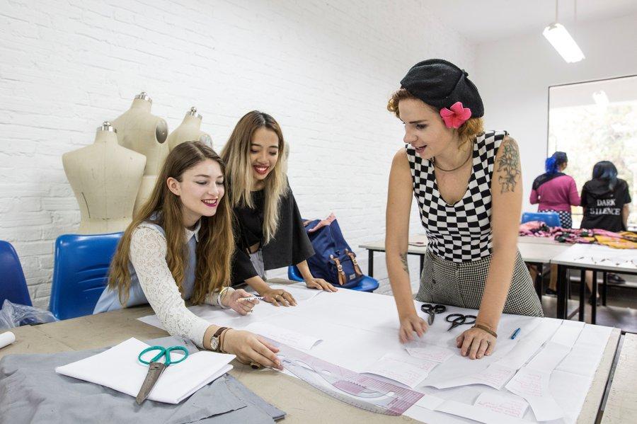 Khoa thời trang Đại học nghệ thuật London
