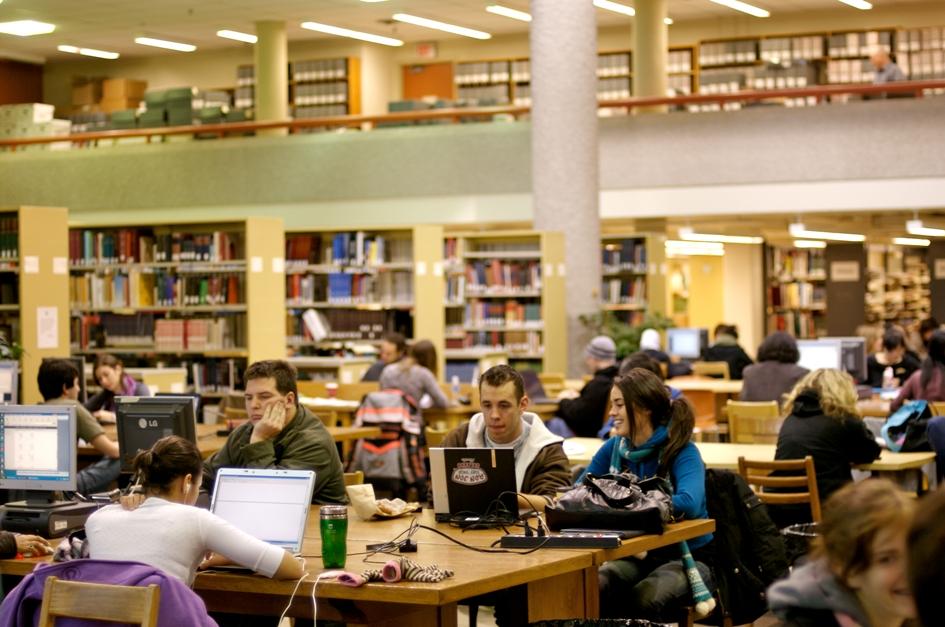 Sinh viên Đại học Manitoba