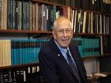 Cựu sinh viên Đại học Manitoba được vinh danh giải Nobel Vật lý 2019
