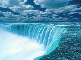 Choáng ngợp trước thác nước Niagara hùng vĩ của Canada