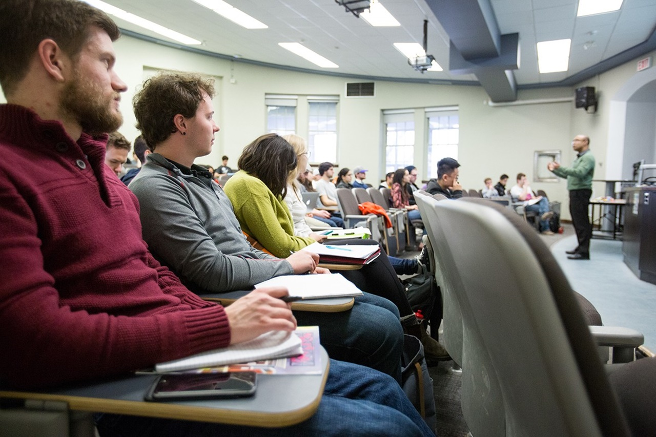 Học dự bị đại học Canada tại ICM