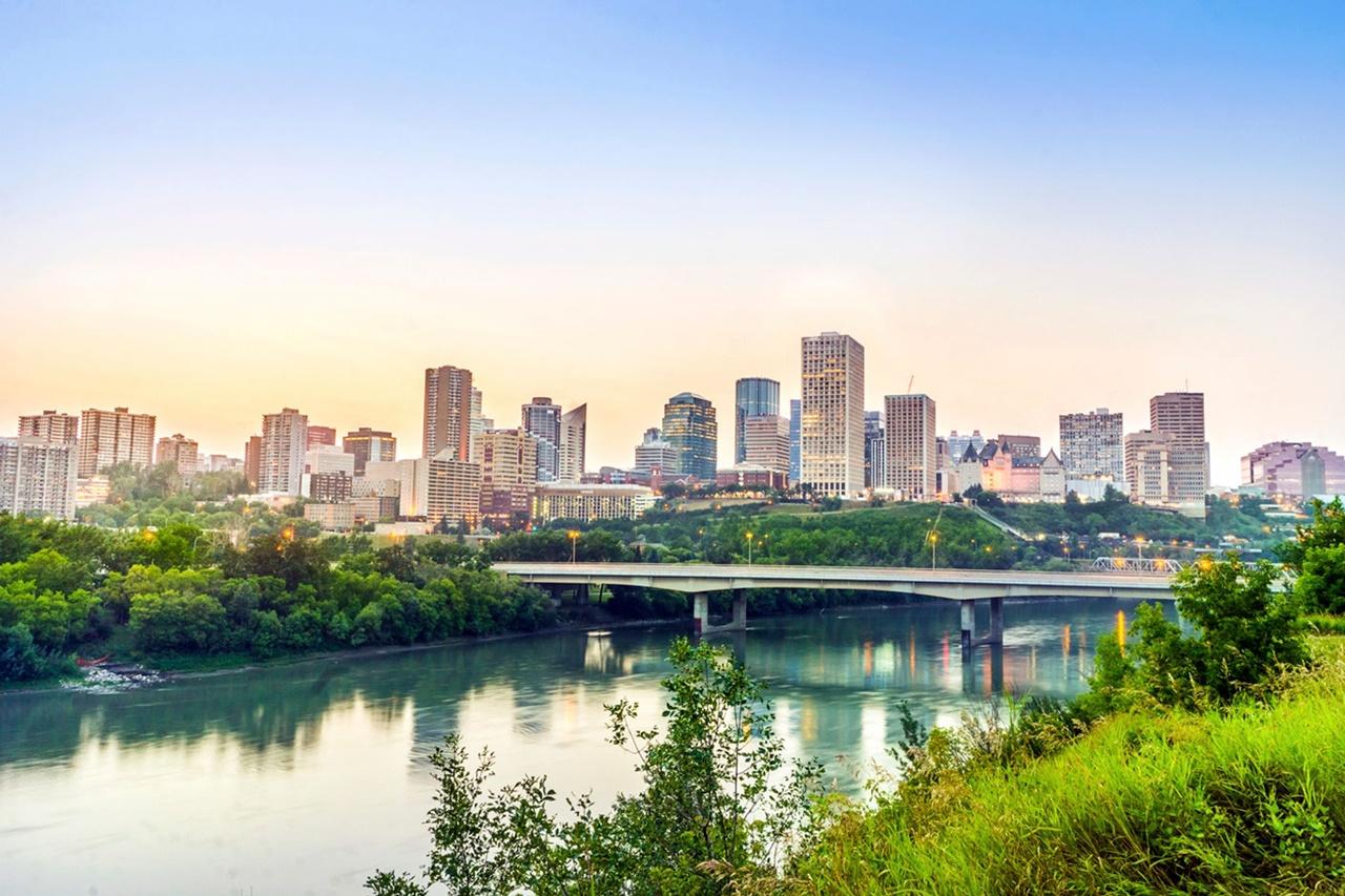 Khám phá thủ đô Edmonton của tỉnh Alberta Canada
