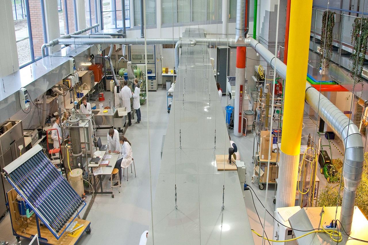 Sinh viên Đại học KHUD HAS được học tập với trang thiết bị hiện đại