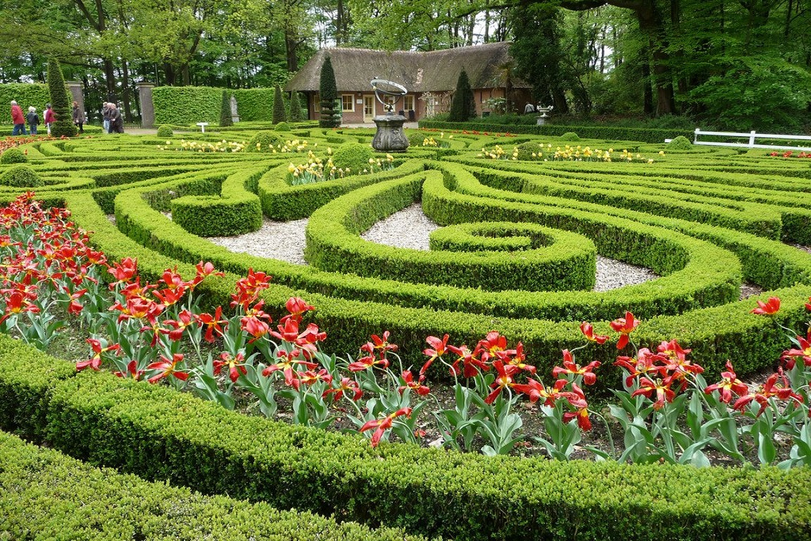 Tại Arnhem, bạn dễ dàng bắt gặp những khu vườn xinh xắn như thế này