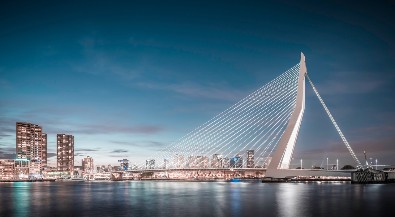 Cầu Erasmus - biểu tượng cho một Rotterdam hiện đại, năng động và sáng tạo