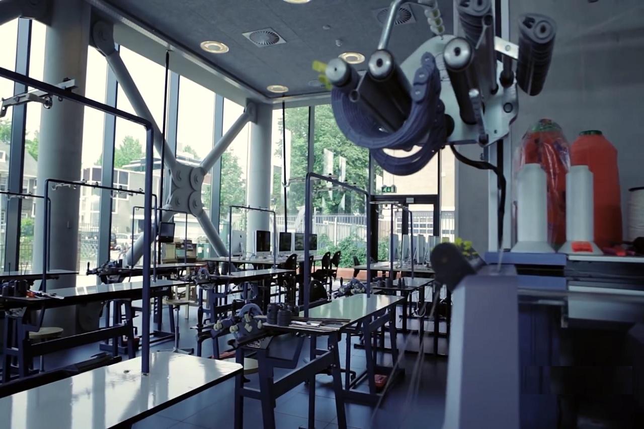 Một góc xưởng may tại Đại học KHUD Saxion