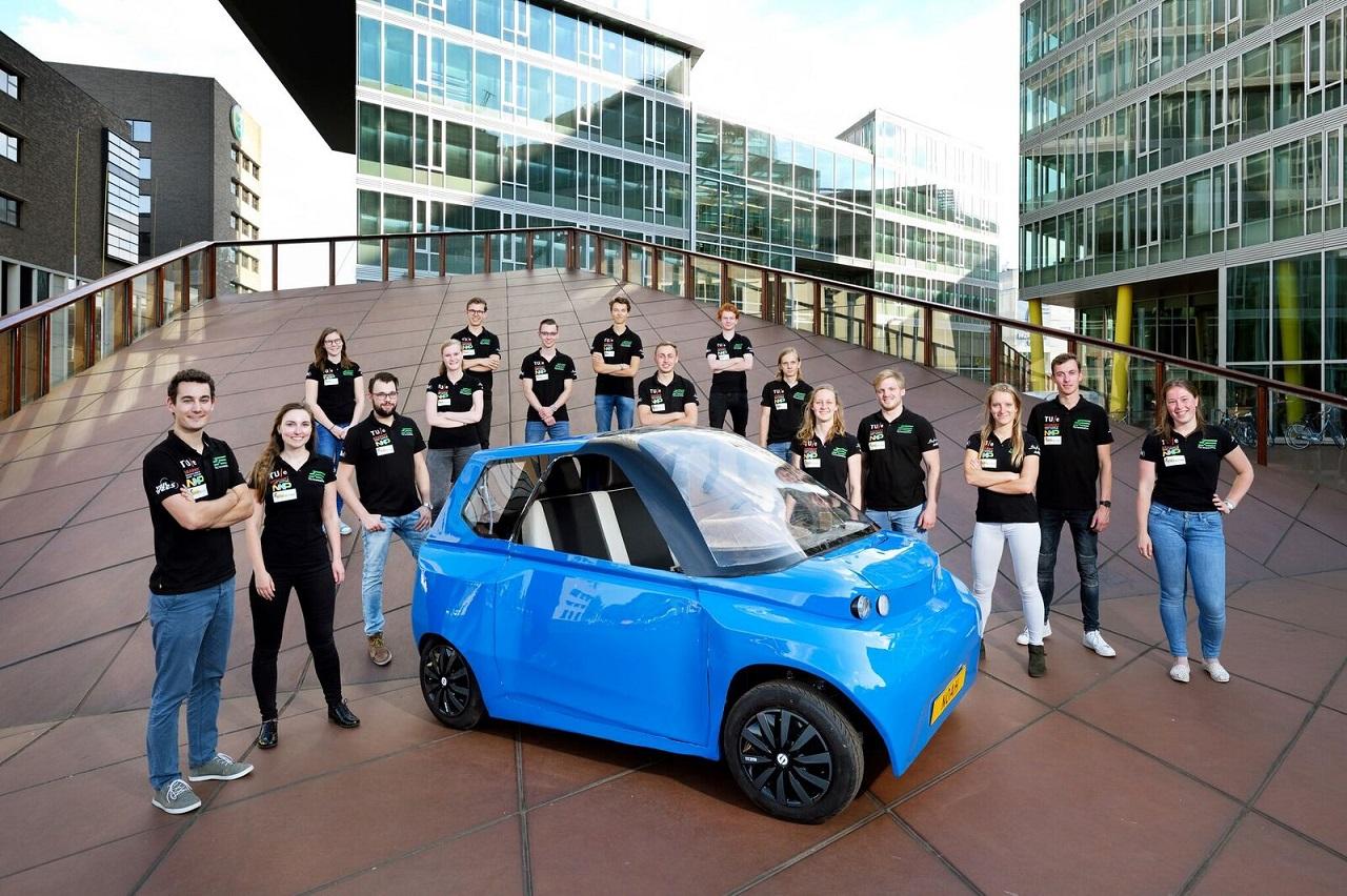 Nhóm sinh viên Đại học Công nghệ Eindhoven chế tạo thành công xe hơi sinh học đầu tiên trên thế giới