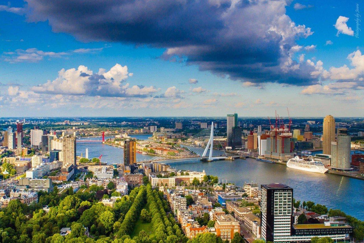 Thành phố cảng biển Rotterdam sầm uất