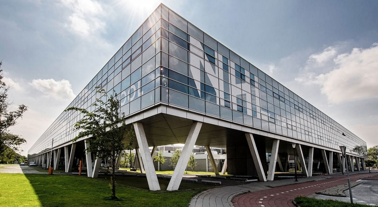 Một khu học xá của Đại học KHUD NHL Stenden