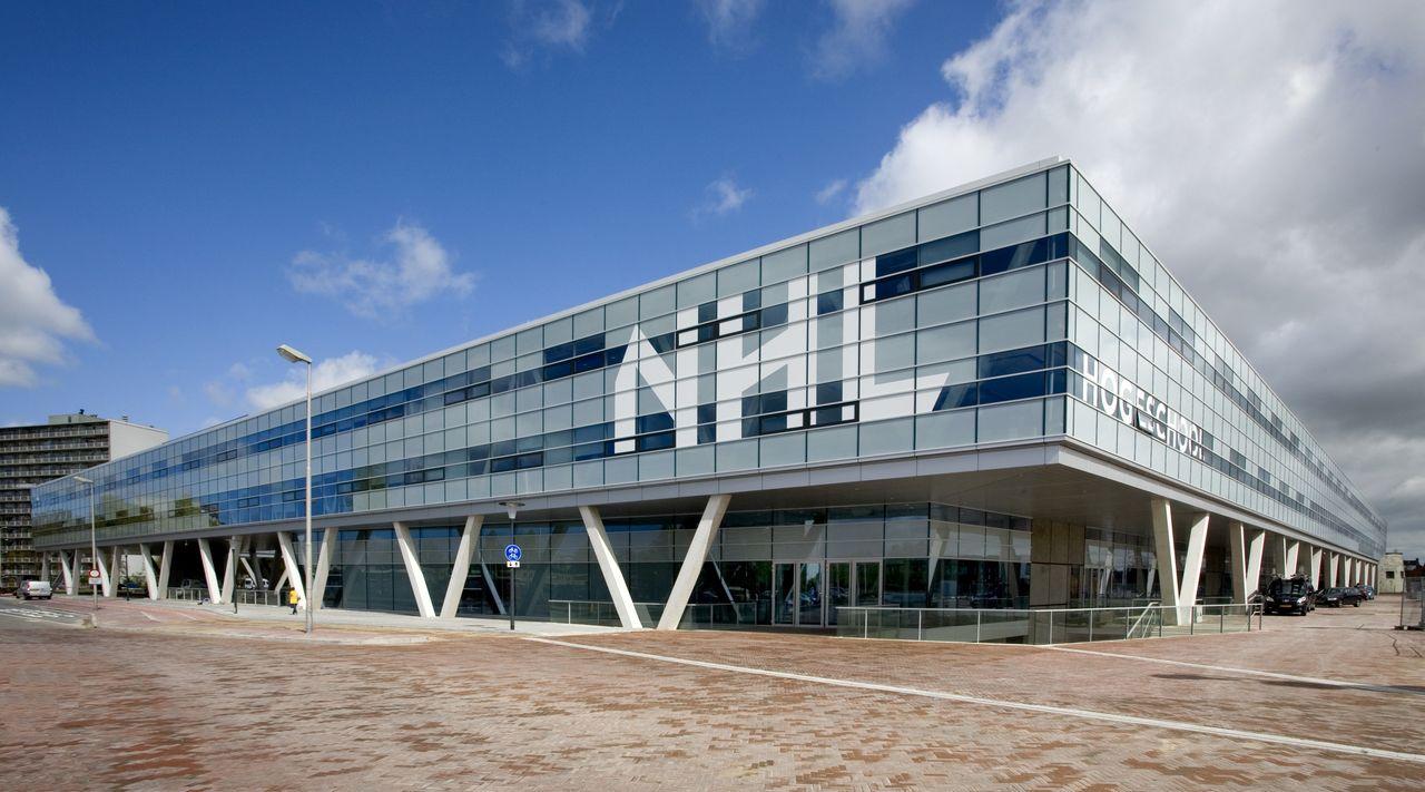 Một trong các khu học xá hiện đại của Đại học KHUD NHL Stenden