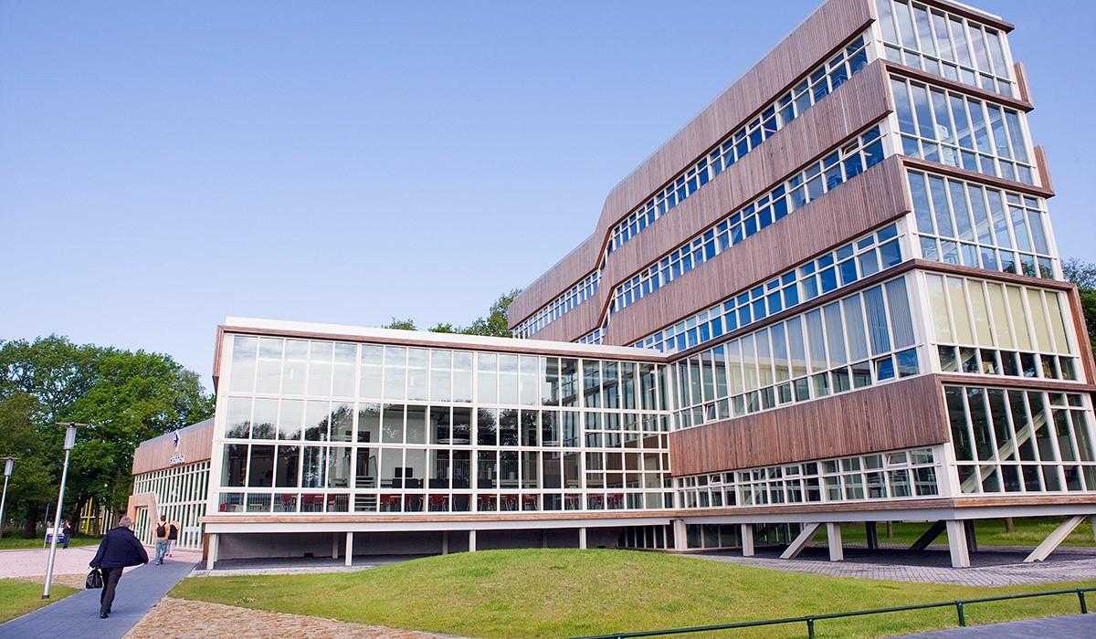 Học bổng bậc cử nhân năm 2020 Đại học KHUD NHL Stenden