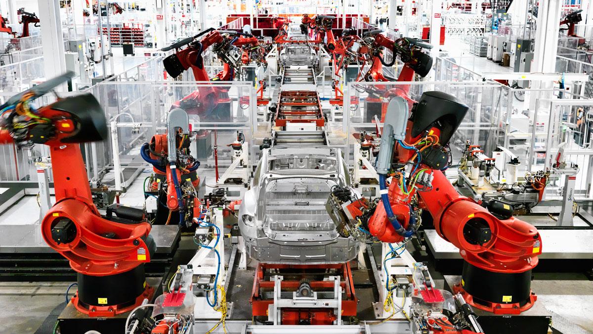 Các dây chuyền lắp ráp hiện đại không thể thiếu vai trò của kỹ sư cơ điện tử