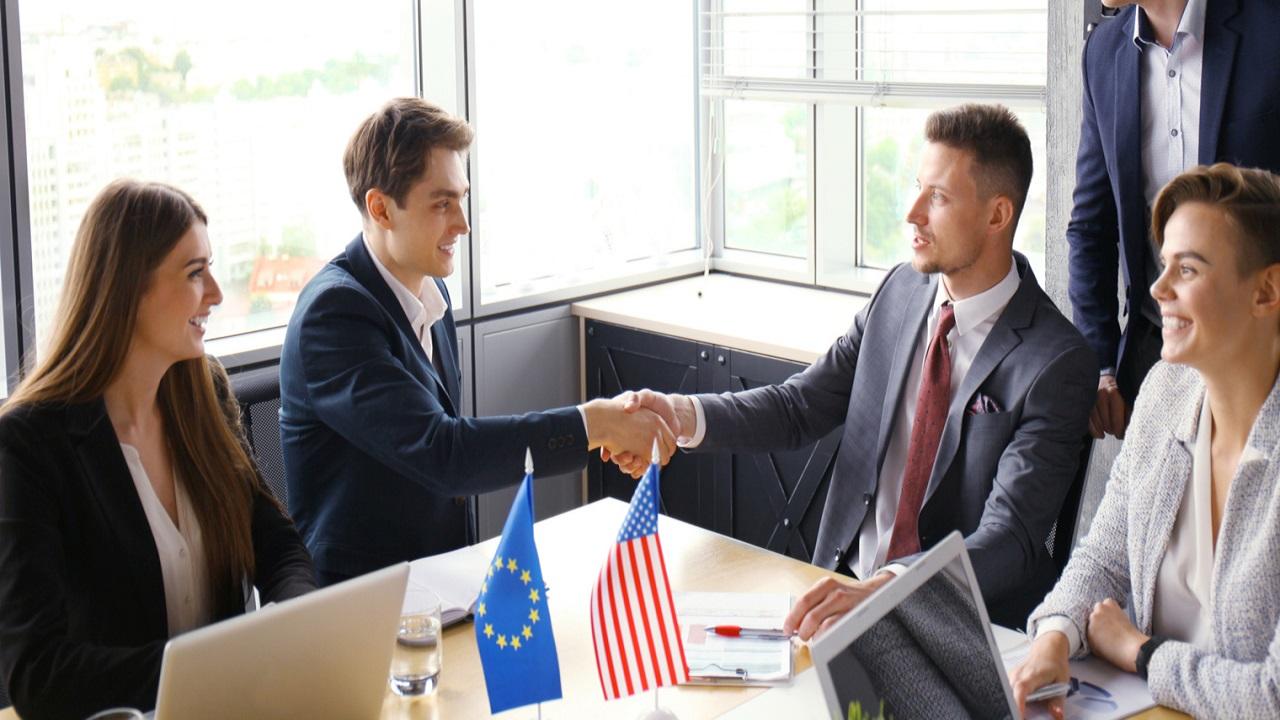 Trở thành nhà ngoại giao thành công khi du học Hà Lan ngành quan hệ quốc tế