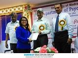 Sinh viên ngành Tâm lý học Sunway nhận giải thưởng xuất sắc nhất ở Chennai