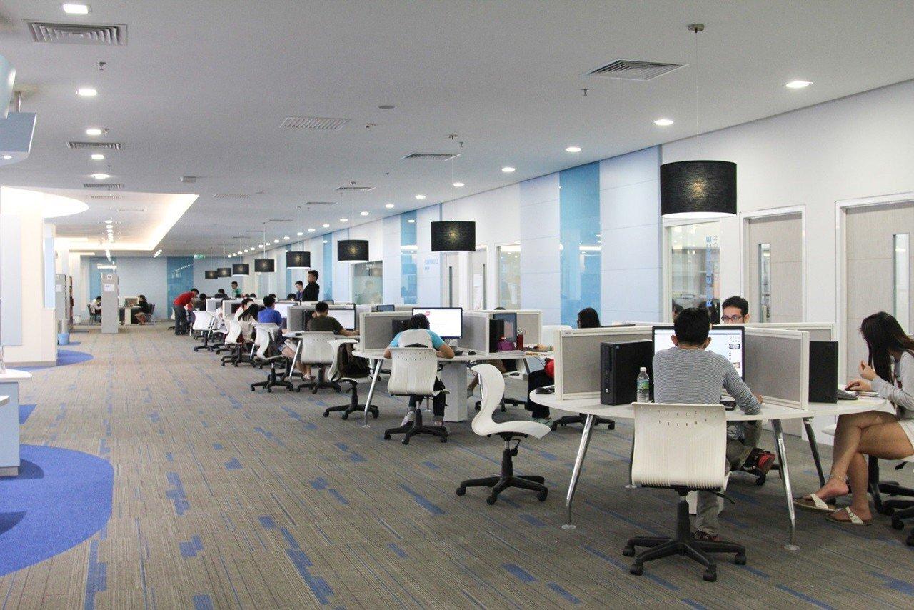 Nhắc đến Du học Malaysia phải nói đến Đại học Sunway, ĐH Sunway không chỉ đạt chất lượng cao trong giáo dục, đạt chuẩn Anh, Úc, Mỹ, Canada, ... mà còn là trường ĐH quốc tế mang đến sự đa dạng, thân thiện và sôi động cho sinh viên. Hằng năm có rất nhiều sinh viên từ các nước đến và học tại trường, vì thế dịch vụ chăm sóc sinh viên quốc tế của ĐH Sunway được đánh giá rất cao khi sinh viên chọn và học tại ngôi trường này. INEC là đại diện tuyển sinh DUY NHẤT của ĐH Sunway - Malaysia và trong video clip này chúng tôi xin cảm ơn 3 em sinh viên Hoàng Oanh, Phương Quỳnh và Phạm Dung đã có những lời chia sẻ rất thiết thực và đầy đủ về trường, mời Quý phụ huynh, học sinh tham khảo để phần nào hiểu rõ hơn về trường ĐH Sunway nhé.