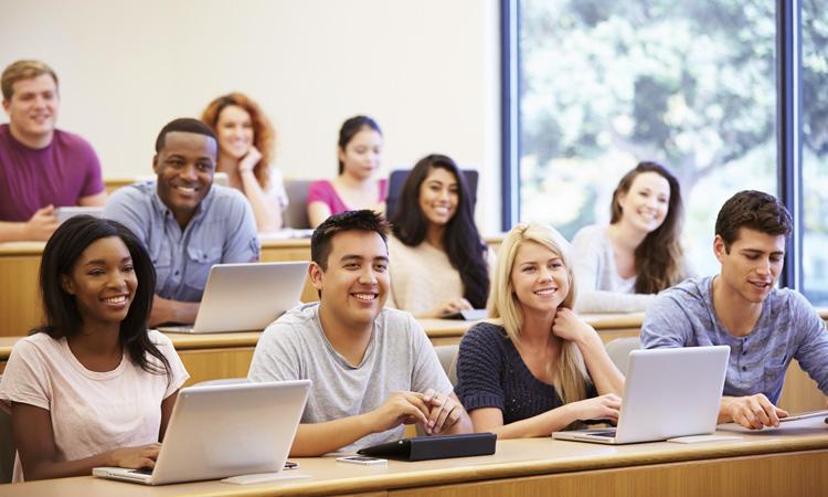 Du học Mỹ nên chọn trường nào cao đẳng cộng đồng hay đại học