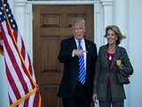 Tổng thống Trump chọn nữ tỷ phú Betsy DeVos làm Bộ trưởng Giáo dục Mỹ